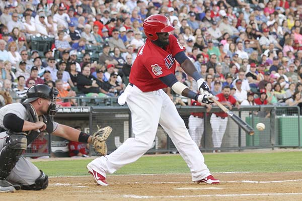 Early Present: Abercrombie Back With Goldeyes