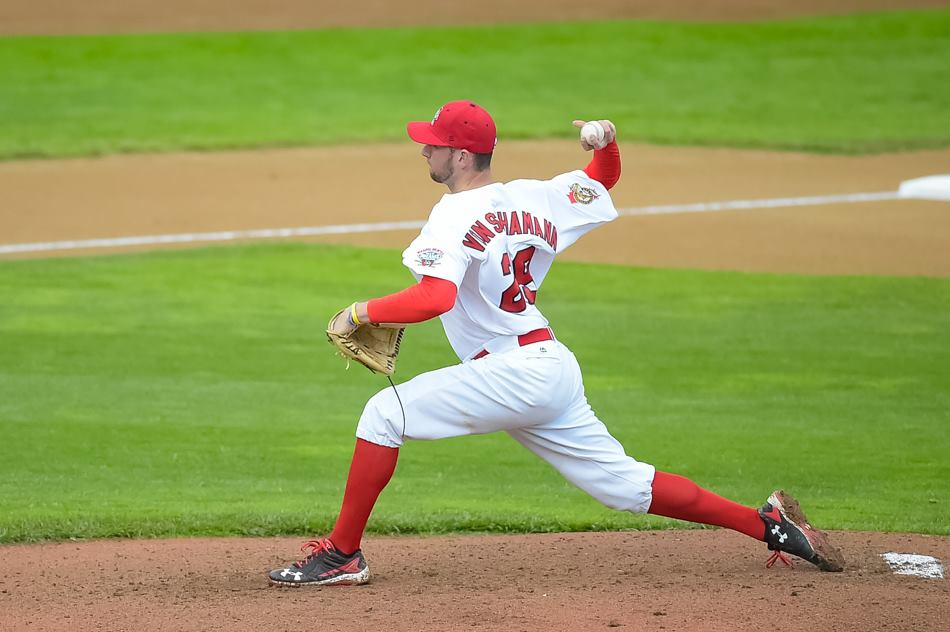 Pitching and Defence Lift Goldeyes