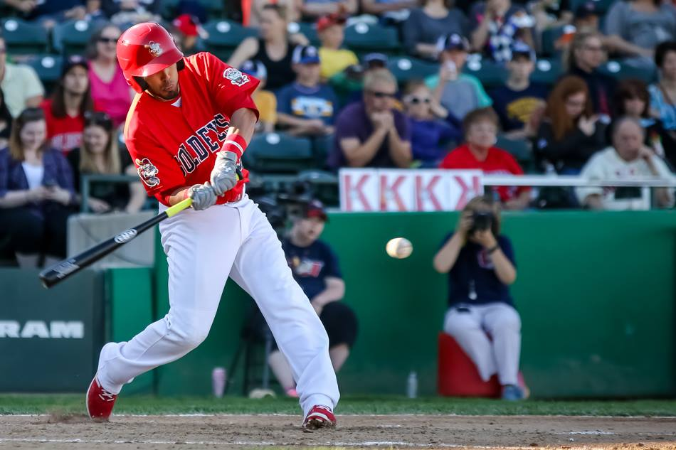 Goldeyes Start Road Trip Strong in Lincoln
