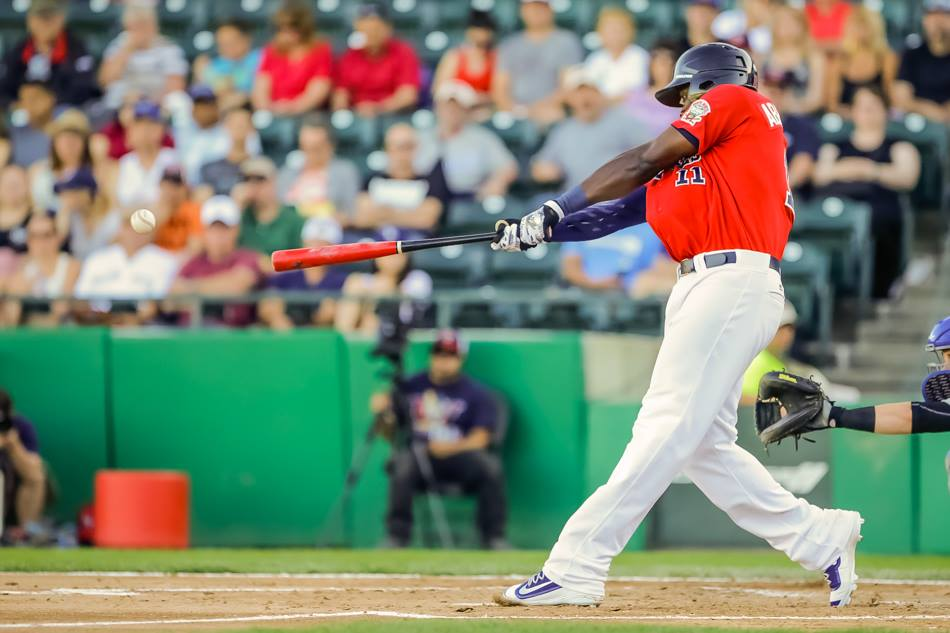 Goldeyes Fight to Finish, Fall Run Short Against Saints