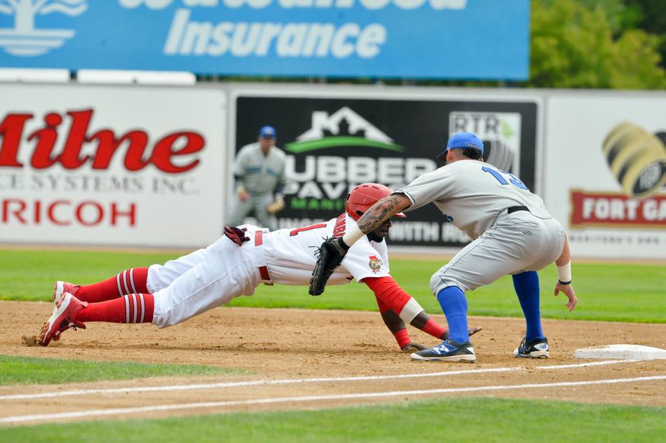Goldeyes Drop Second Straight to Sioux Falls