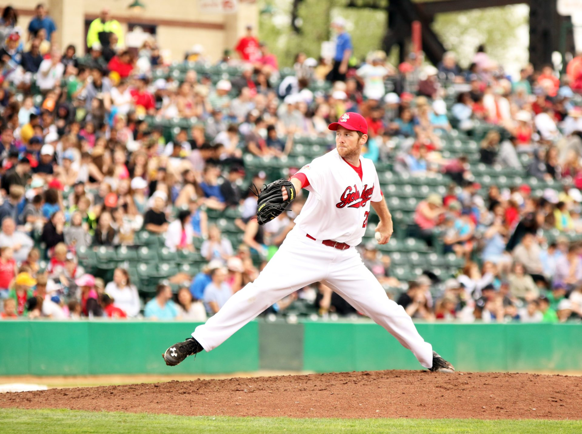 Eight-Run Seventh Propels Goldeyes