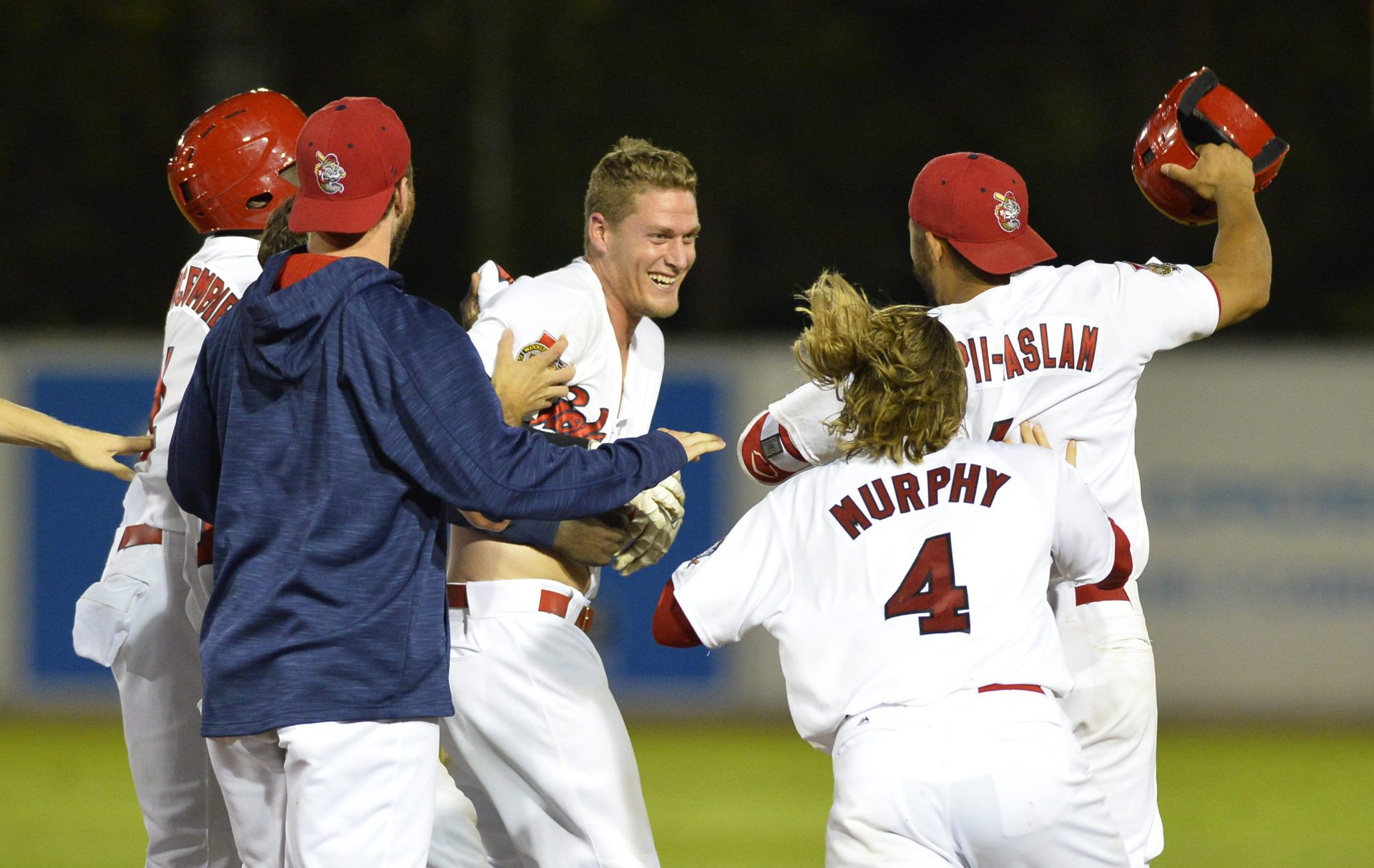 Goldeyes Win 31-Run Battle Over T-Bones