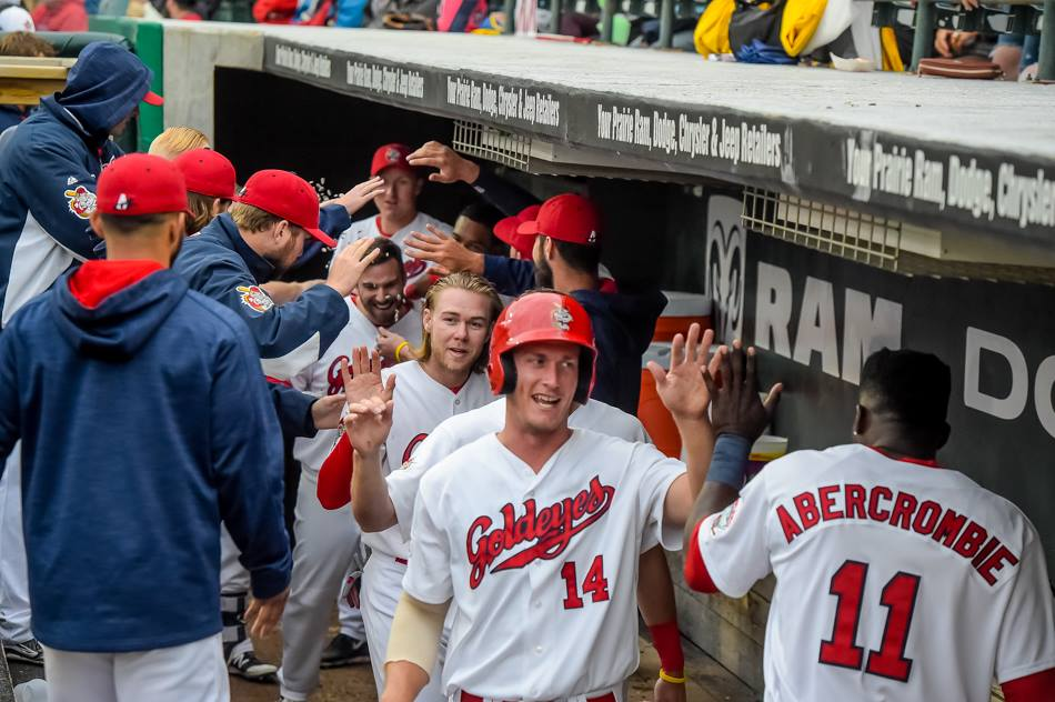Goldeyes Power Past Explorers