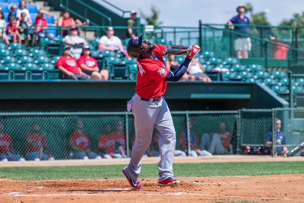 Canaries Snap Goldeyes Win Streak