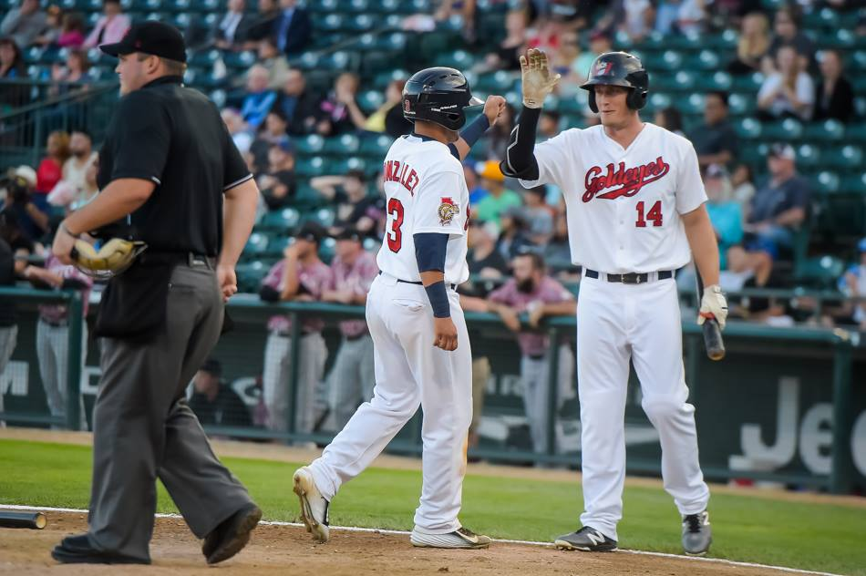 Goldeyes Even Series on Wingnuts