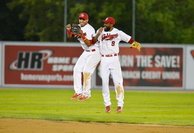 Goldeyes Grind Out Extra-Inning Win