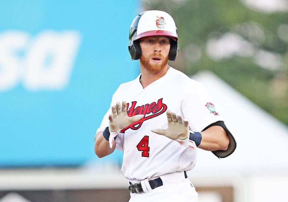 Goldeyes Split Against RailCats
