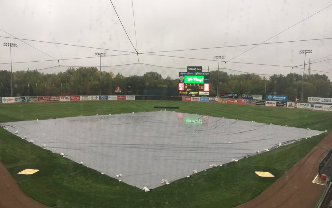 Game Three Postponed, Championship Series Will Resume Sunday