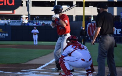 Goldeyes Grind Out Win Over Dogs