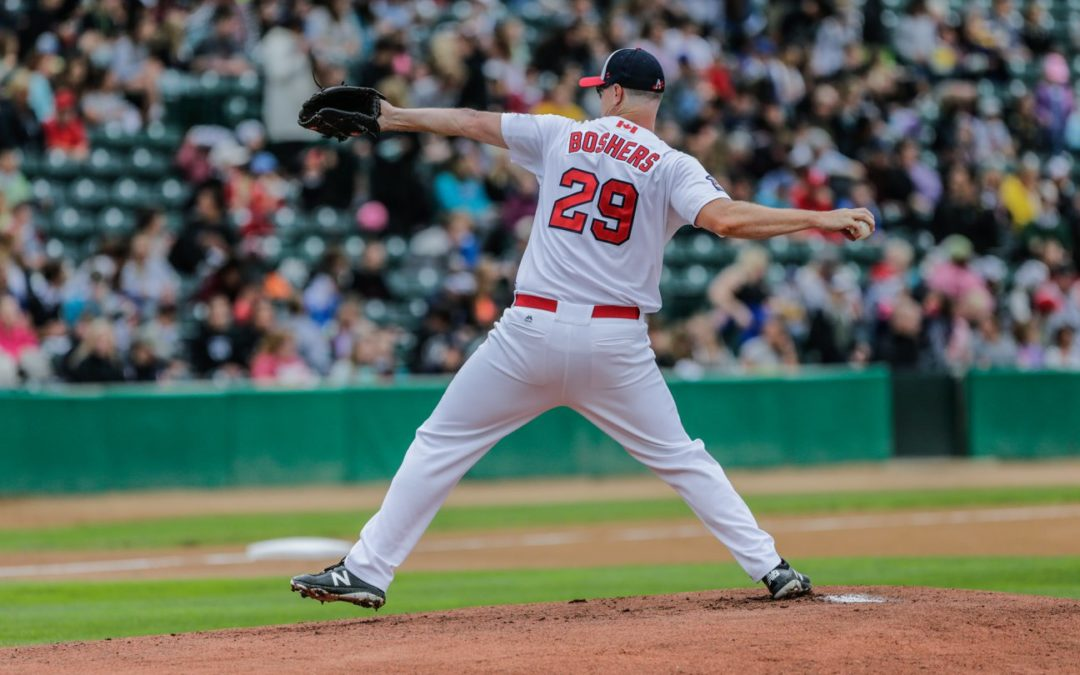 Boshers Leads Goldeyes Past RailCats