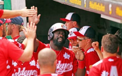 Goldeyes Top Saints 4-2 in Fifth-Inning Rally