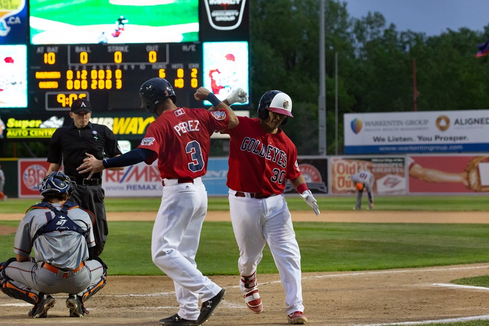 Goldeyes Power Past T-Bones to Even Series