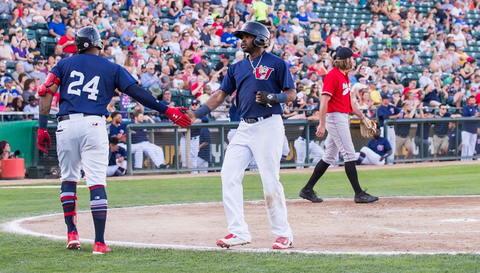 Goldeyes Stage Clutch Comeback to Even Series
