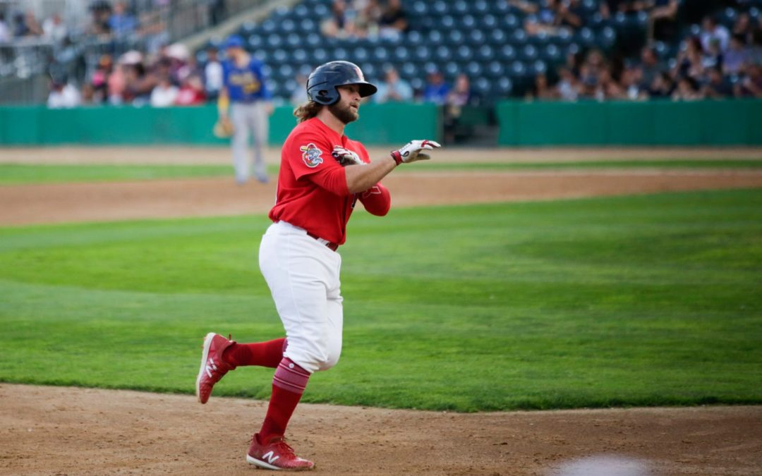 Martin lifts Goldeyes to series win over T-Bones