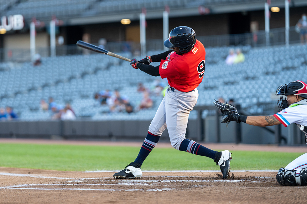 Goldeyes Top Dogs to Win Seventh Straight
