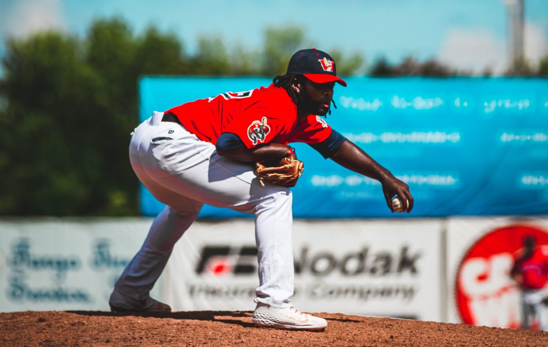 Goldeyes Re-Sign Experienced Reliever