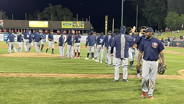 Goldeyes Take Series With Dramatic Win Over Cougars (Highlights)
